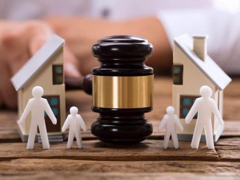 איך מגישים תביעה לשינוי משמורת