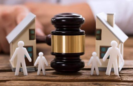 איך מגישים תביעה לשינוי משמורת?